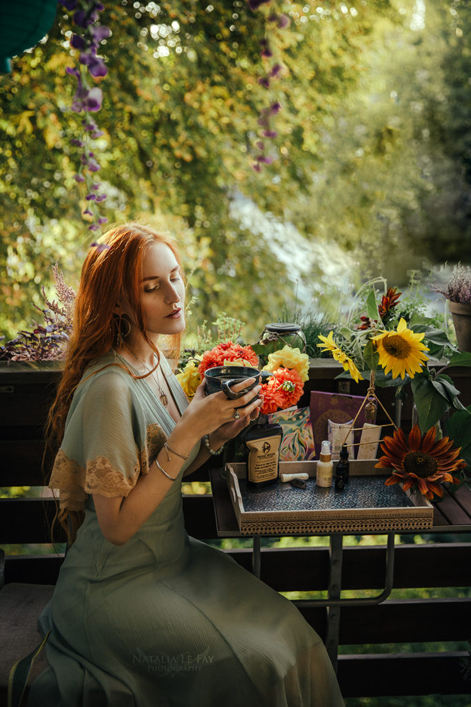 Beauty Aufnahme mit Available Light auf dem Balkon Selbstportraits aufnehmen - Tipps zur Umsetzung